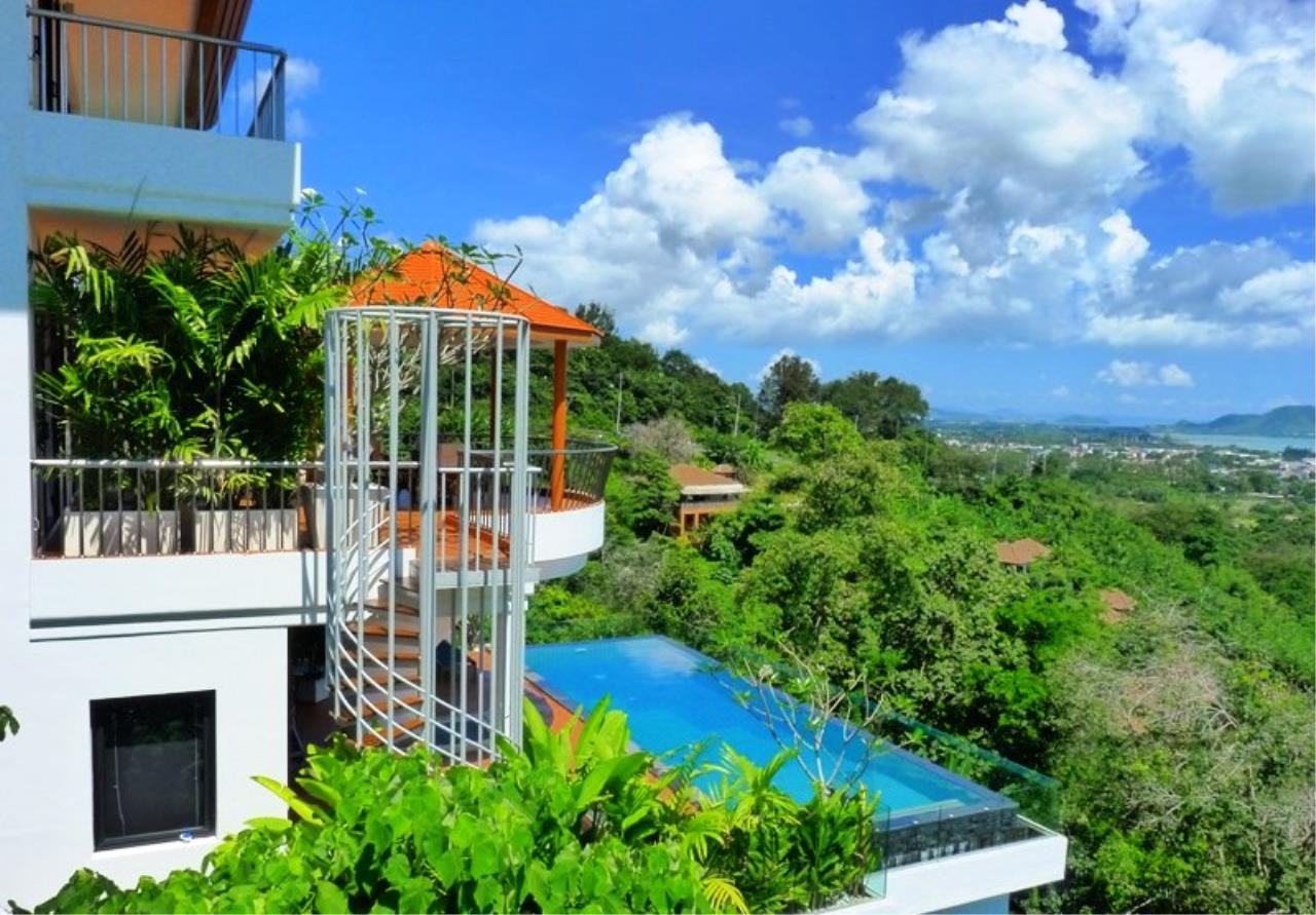 REAL Phuket  Agency's Grand Cru - Exclusive 3 Bedroom Pool Villa overlooking Chalong Bay 5