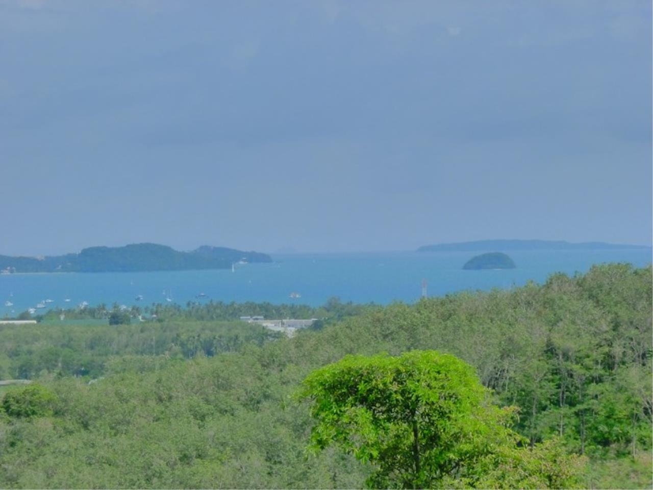 REAL Phuket  Agency's Grand Cru - Exclusive 3 Bedroom Pool Villa overlooking Chalong Bay 6