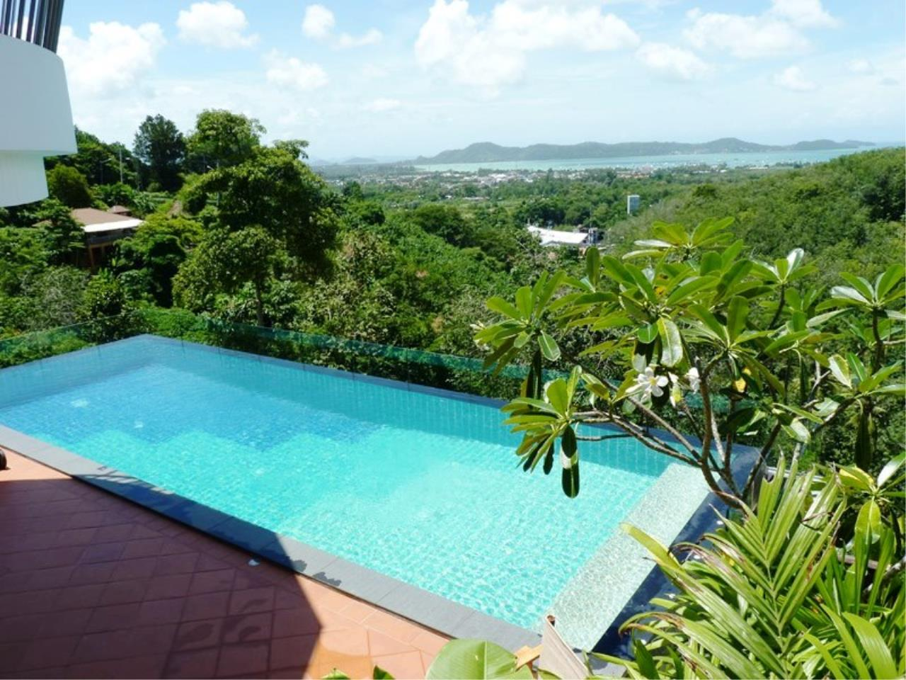 REAL Phuket  Agency's Grand Cru - Exclusive 3 Bedroom Pool Villa overlooking Chalong Bay 7