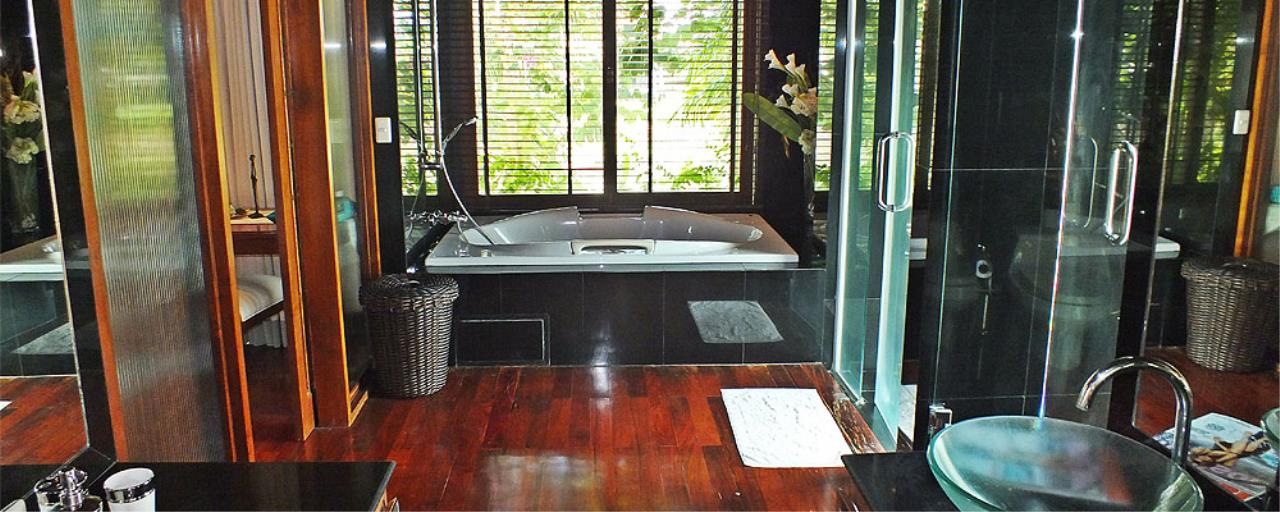 REAL Phuket  Agency's Surin Springs - Luxurious 5-Bedroom Villa just Minutes from Surin Beach 11