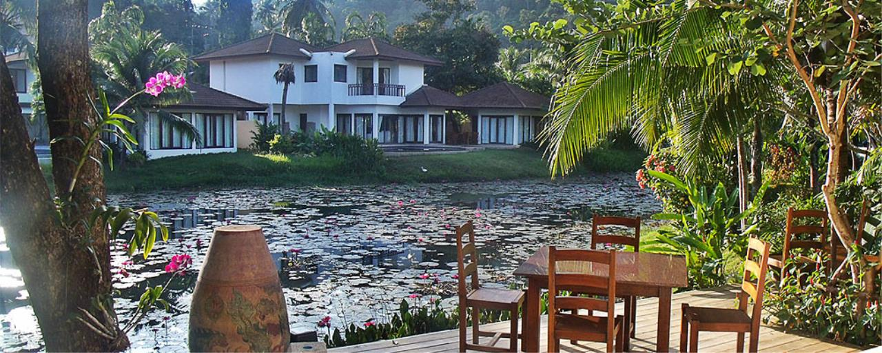 REAL Phuket  Agency's Surin Springs - Luxurious 5-Bedroom Villa just Minutes from Surin Beach 1