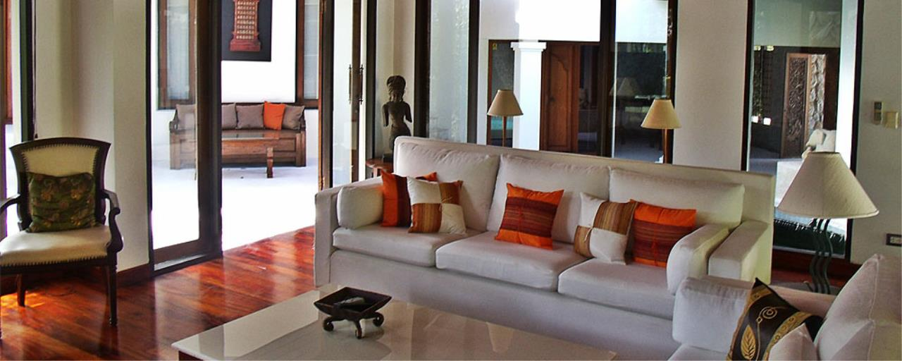 REAL Phuket  Agency's Surin Springs - Luxurious 5-Bedroom Villa just Minutes from Surin Beach 12