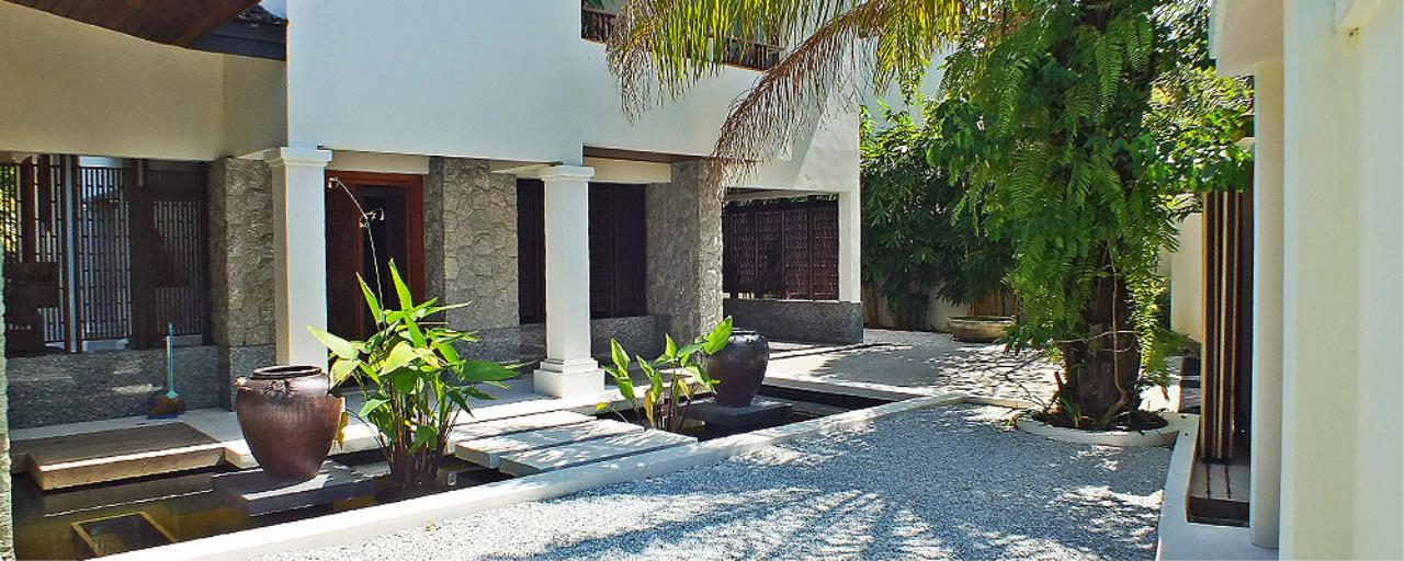 REAL Phuket  Agency's Surin Springs - Luxurious 5-Bedroom Villa just Minutes from Surin Beach 20