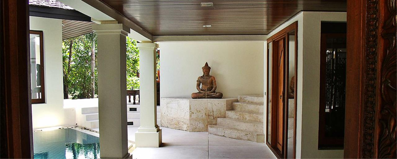 REAL Phuket  Agency's Surin Springs - Luxurious 5-Bedroom Villa just Minutes from Surin Beach 6