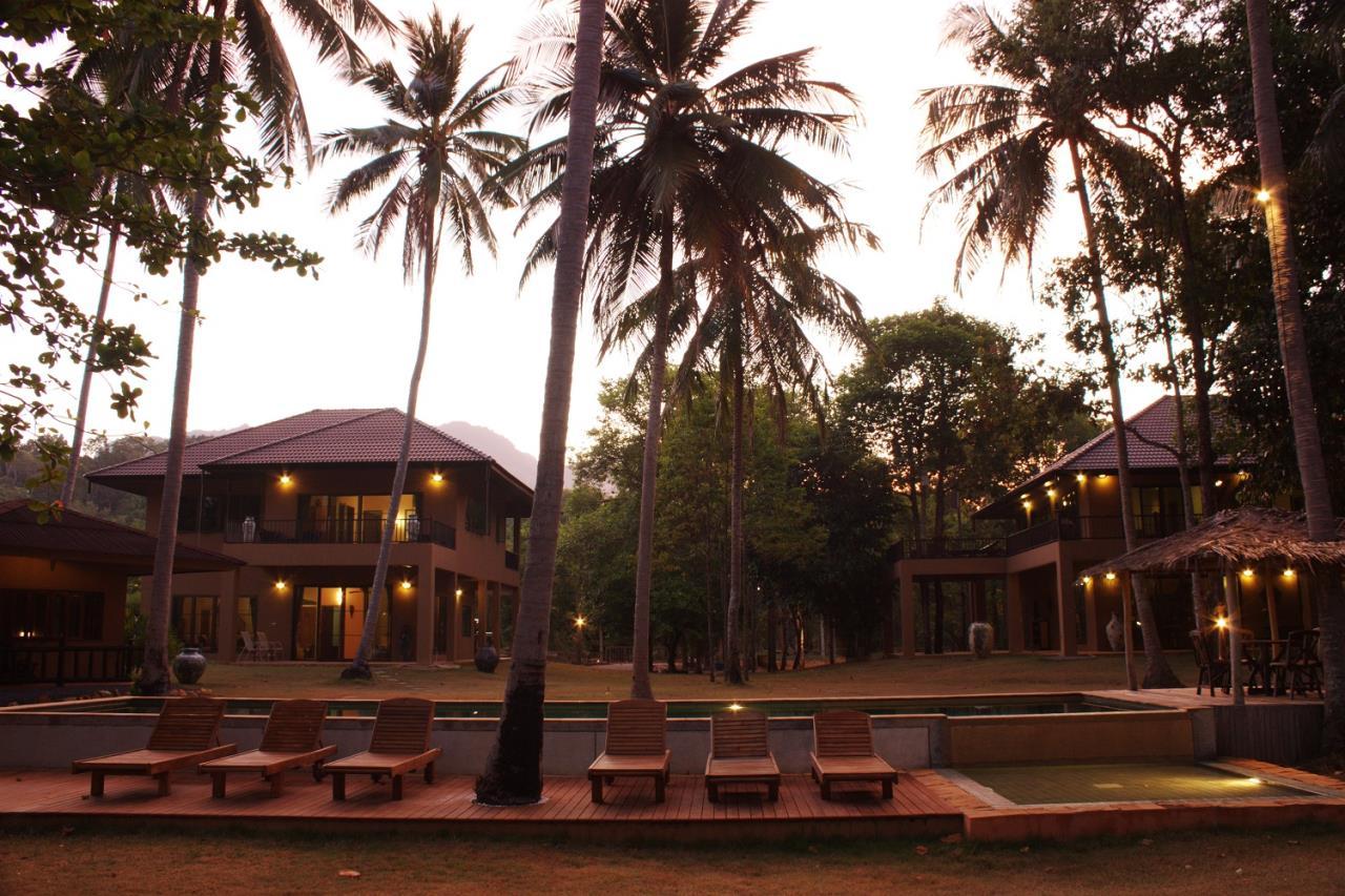 REAL Phuket  Agency's Khao Tong - Huge Beachfront 3-Bedroom Pool Villa in Krabi 2