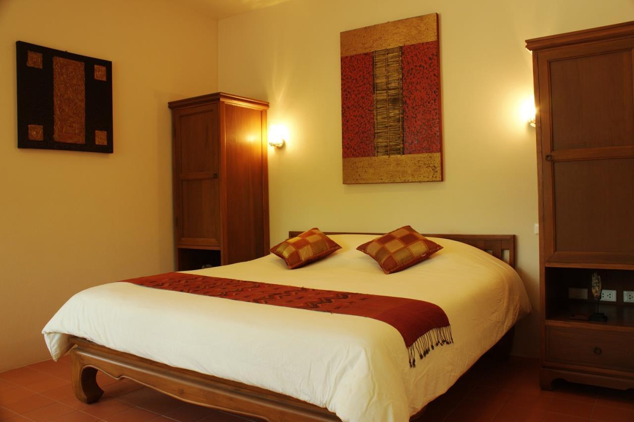 REAL Phuket  Agency's Khao Tong - Huge Beachfront 3-Bedroom Pool Villa in Krabi 8