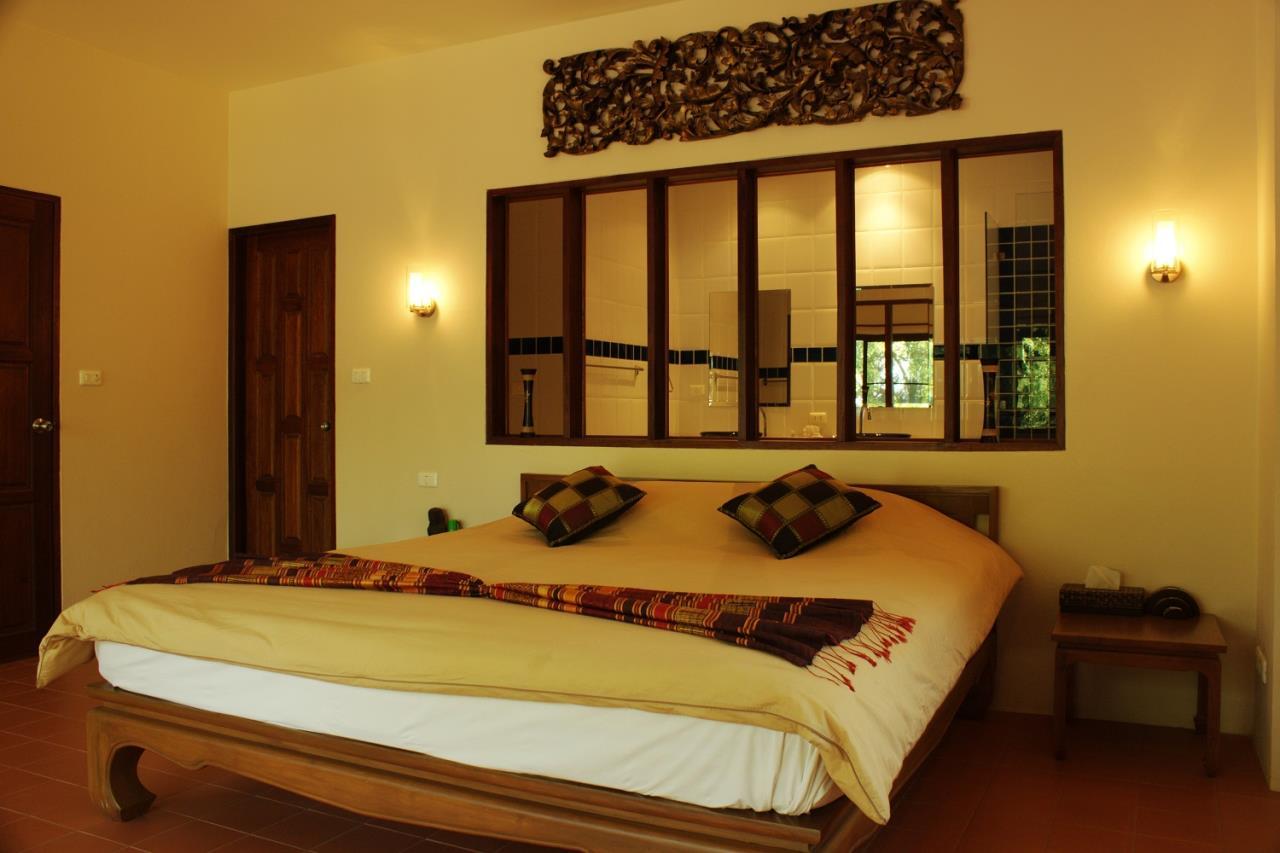REAL Phuket  Agency's Khao Tong - Huge Beachfront 3-Bedroom Pool Villa in Krabi 7