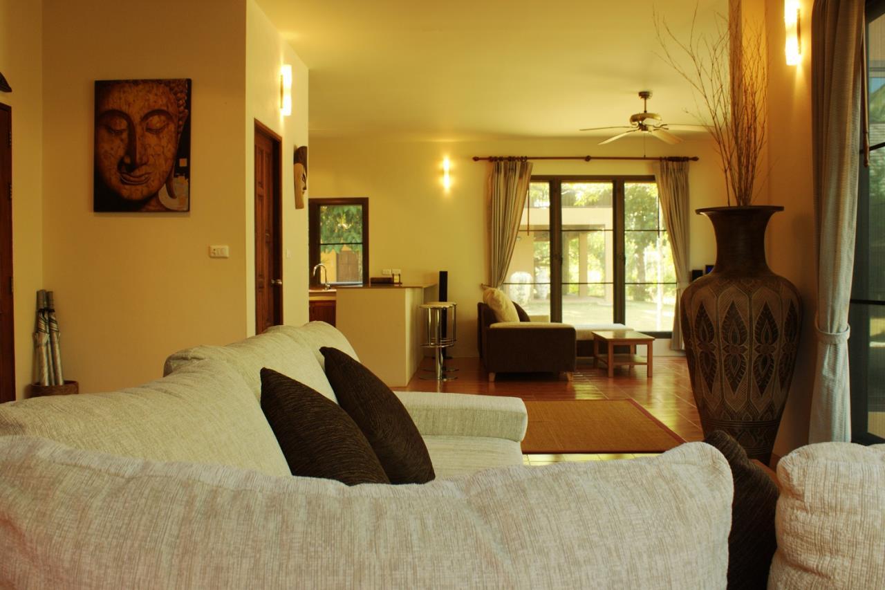 REAL Phuket  Agency's Khao Tong - Huge Beachfront 3-Bedroom Pool Villa in Krabi 12