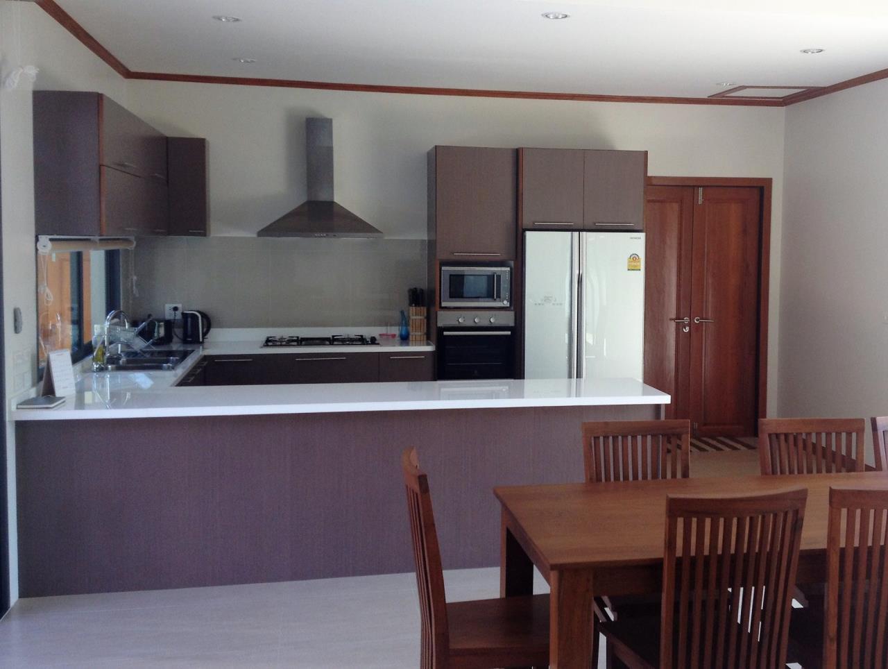 REAL Phuket  Agency's Thai-Balinese Style 3-Bedroom Pool Villa in Rawai 12