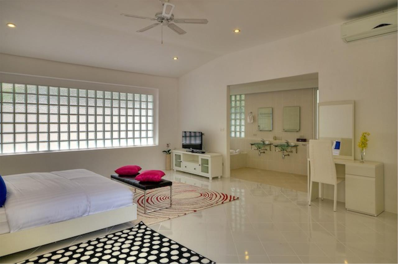 REAL Phuket  Agency's Delta Estate - Bright Modern 3-Bedroom Pool Villas in Pa Klok 10