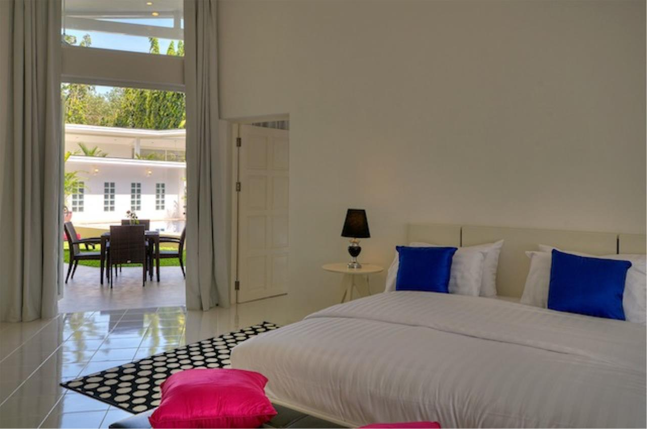 REAL Phuket  Agency's Delta Estate - Bright Modern 3-Bedroom Pool Villas in Pa Klok 26