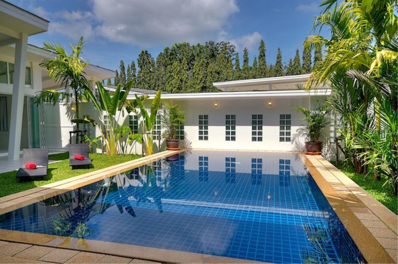 REAL Phuket  Agency's Delta Estate - Bright Modern 3-Bedroom Pool Villas in Pa Klok 28
