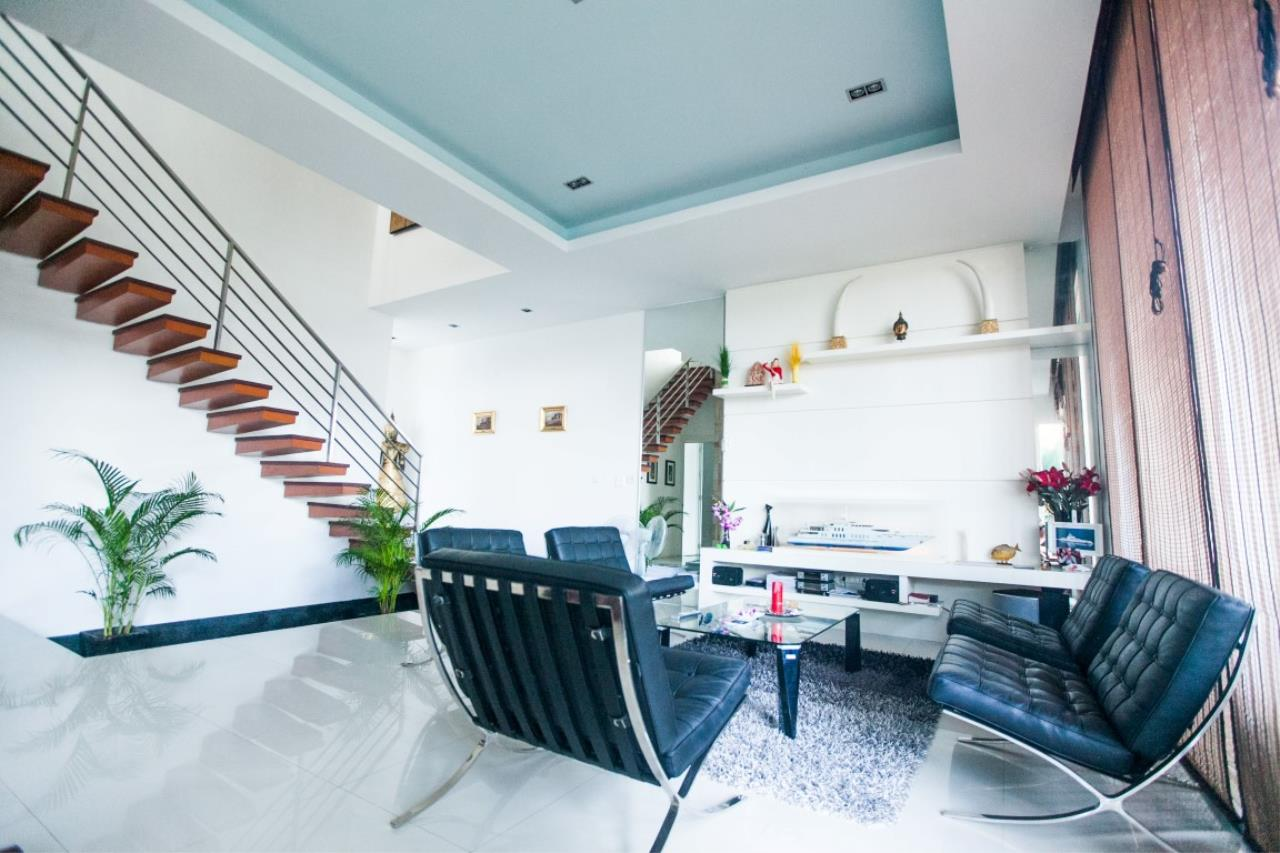 REAL Phuket  Agency's The Lantern - Modern 4-Bedroom Pool Villa with Roof Top Terrace 4