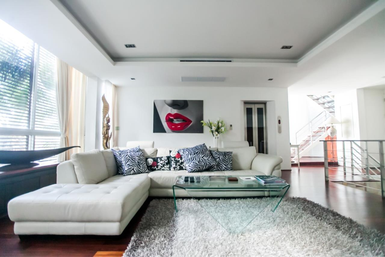 REAL Phuket  Agency's The Lantern - Modern 4-Bedroom Pool Villa with Roof Top Terrace 5
