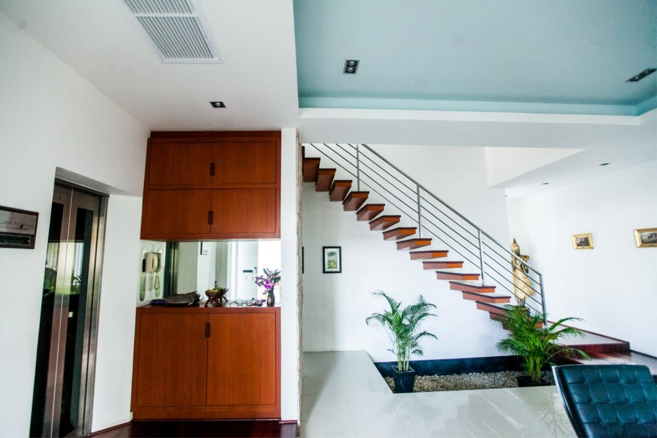 REAL Phuket  Agency's The Lantern - Modern 4-Bedroom Pool Villa with Roof Top Terrace 7