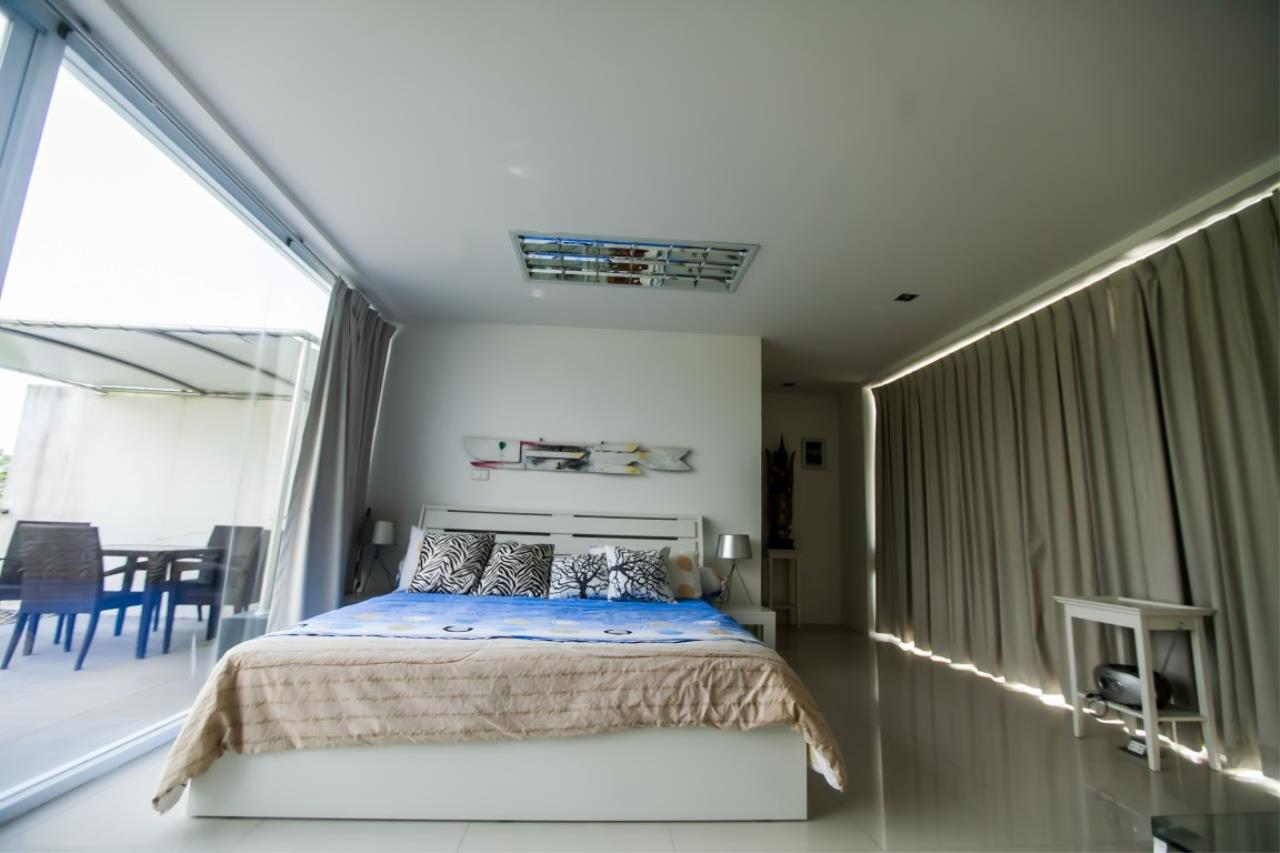 REAL Phuket  Agency's The Lantern - Modern 4-Bedroom Pool Villa with Roof Top Terrace 12