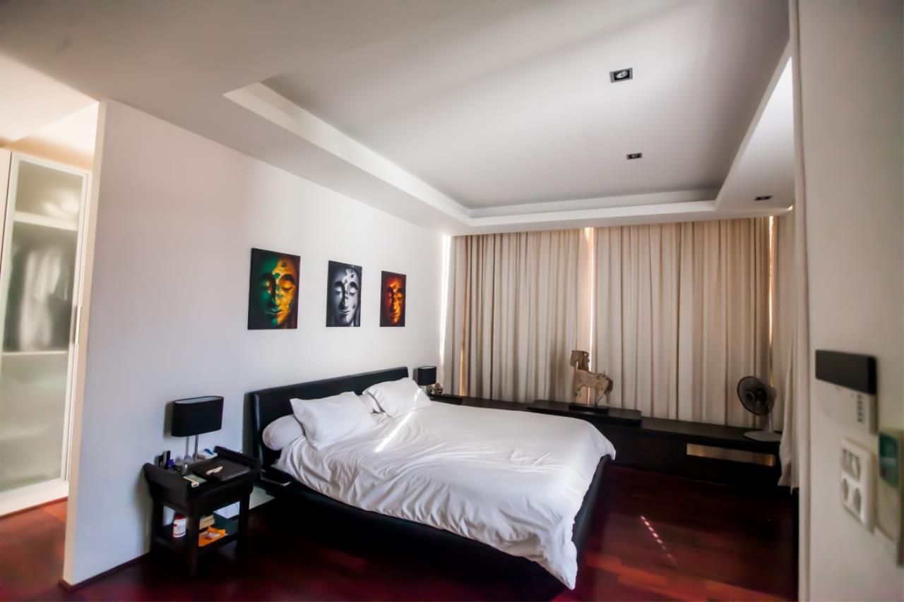 REAL Phuket  Agency's The Lantern - Modern 4-Bedroom Pool Villa with Roof Top Terrace 15