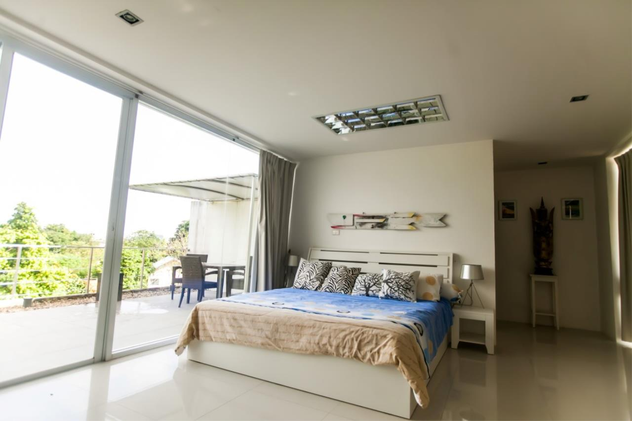REAL Phuket  Agency's The Lantern - Modern 4-Bedroom Pool Villa with Roof Top Terrace 17