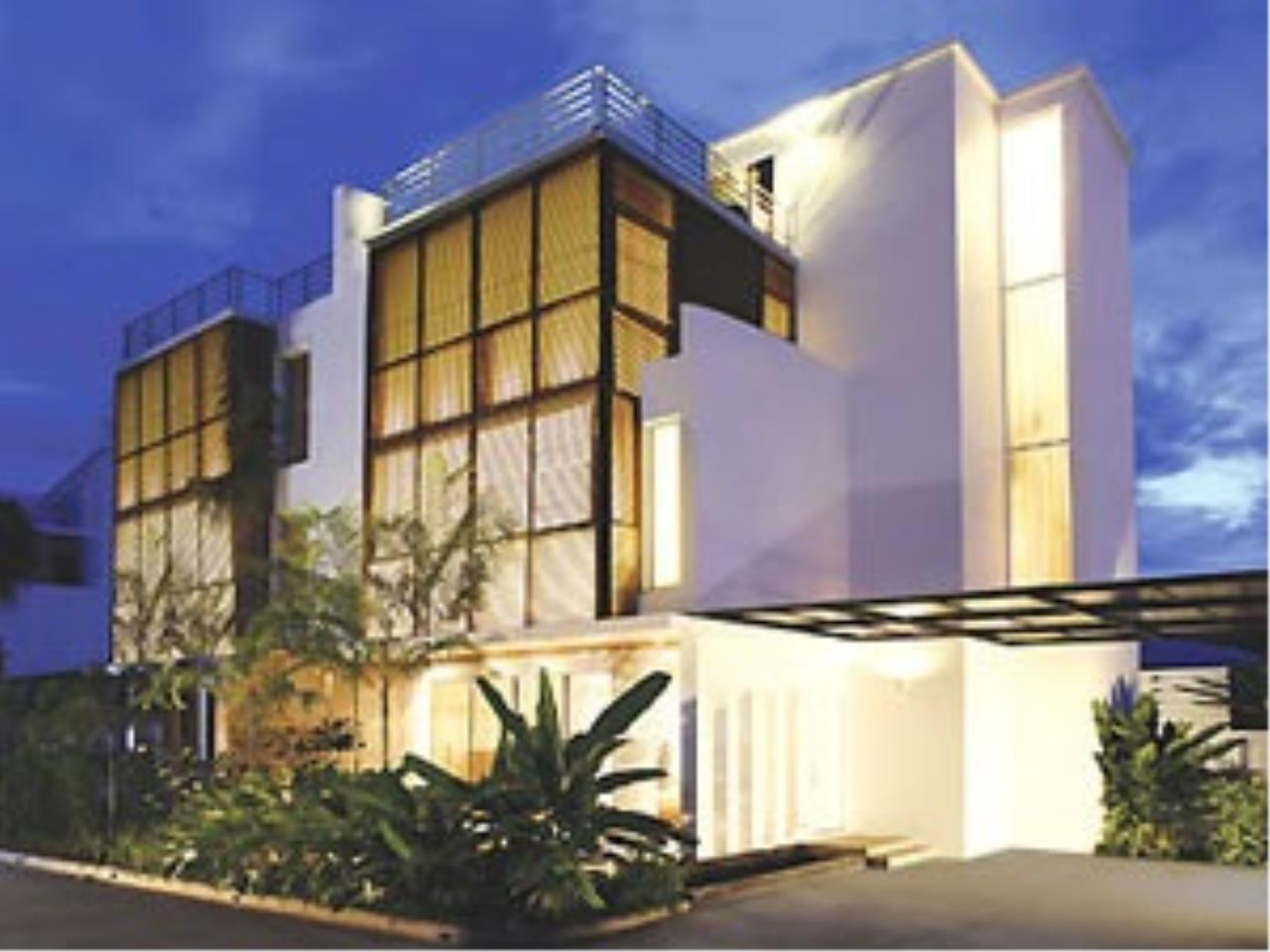 REAL Phuket  Agency's The Lantern - Modern 4-Bedroom Pool Villa with Roof Top Terrace 1