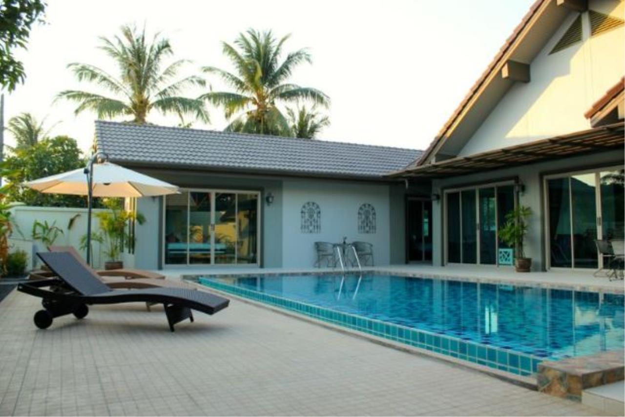 REAL Phuket  Agency's Baan Prayong - 5-Bedroom Pool Villa Close to Nai Yang Beach 1