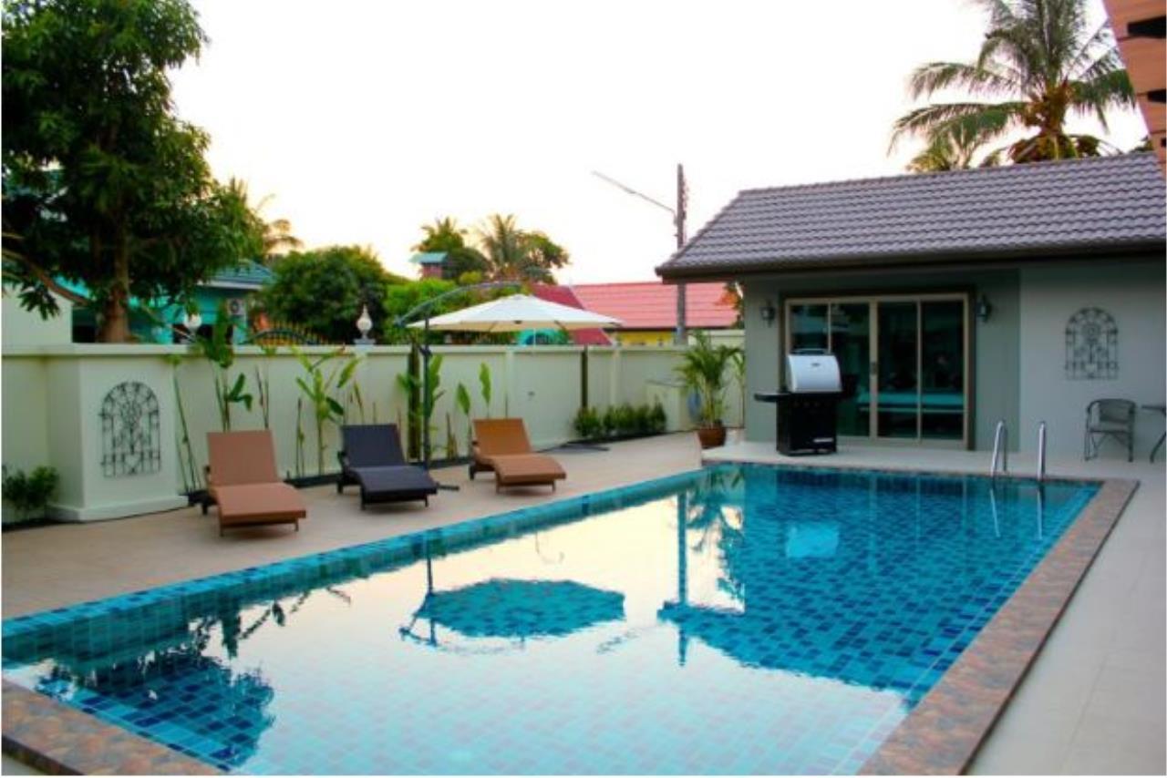 REAL Phuket  Agency's Baan Prayong - 5-Bedroom Pool Villa Close to Nai Yang Beach 33