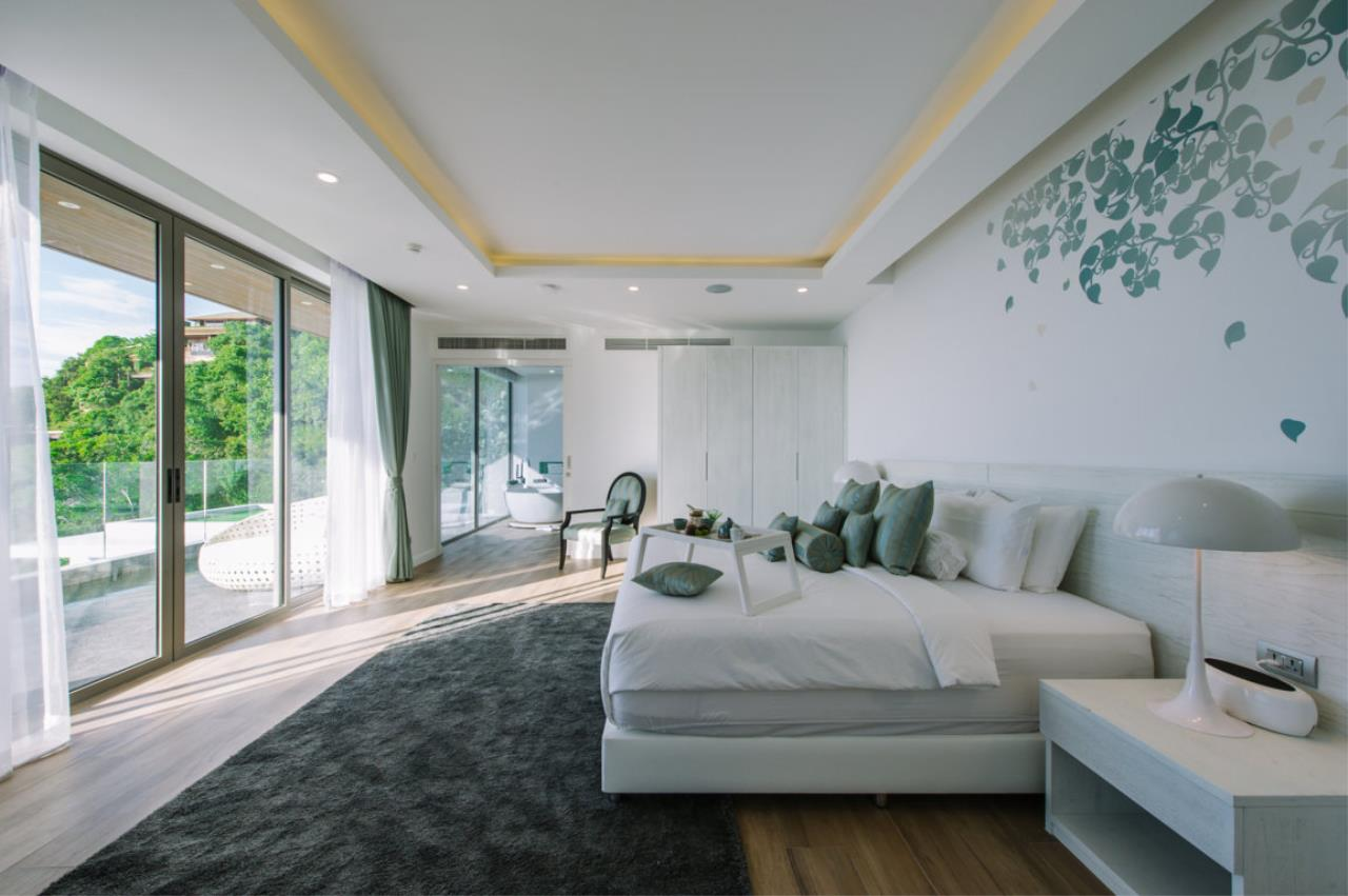 REAL Phuket  Agency's Villa Silver Moon - Stunning 6-Bedroom Ocean View Villa at Cape Amarin 4