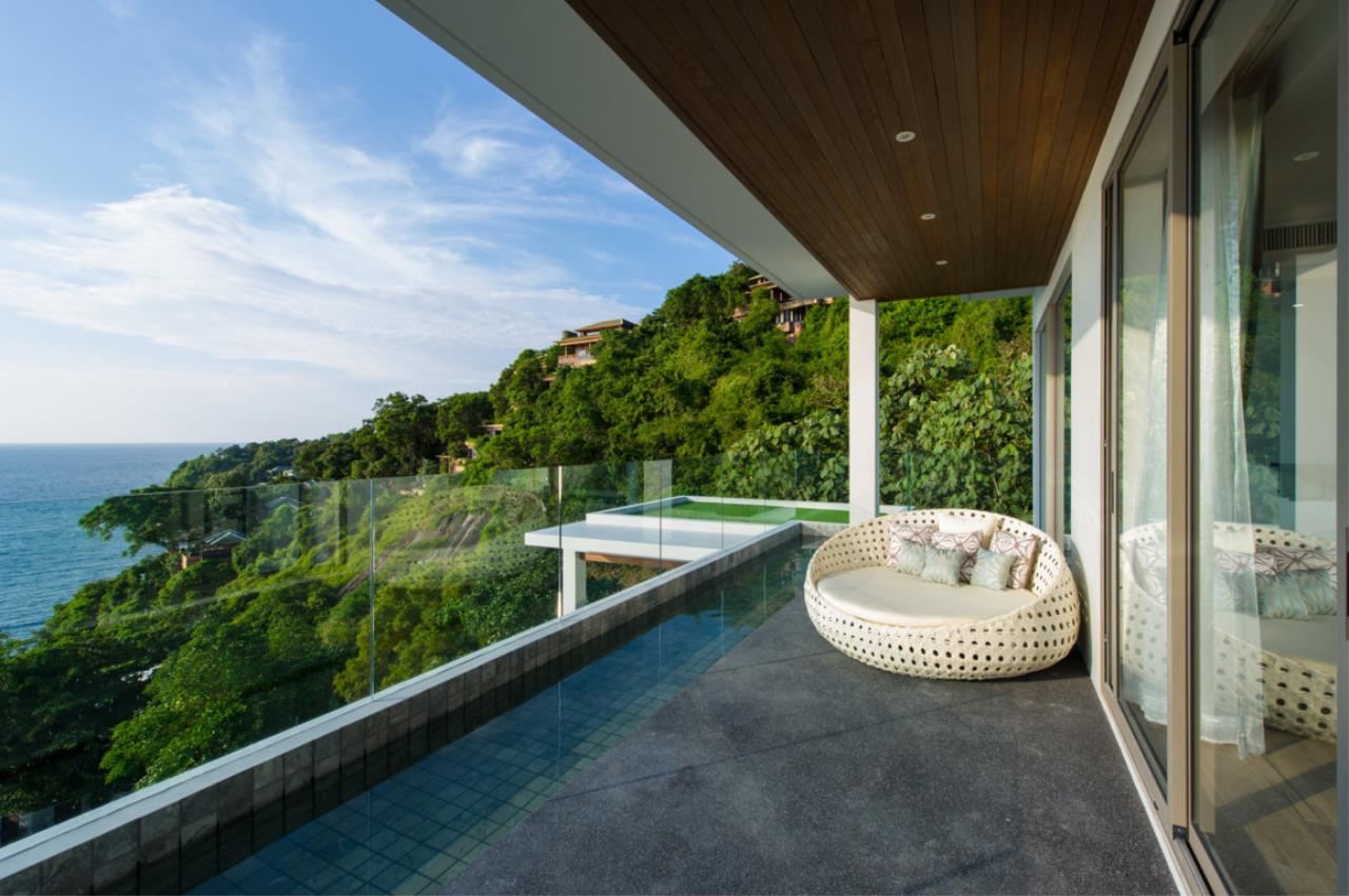 REAL Phuket  Agency's Villa Silver Moon - Stunning 6-Bedroom Ocean View Villa at Cape Amarin 17