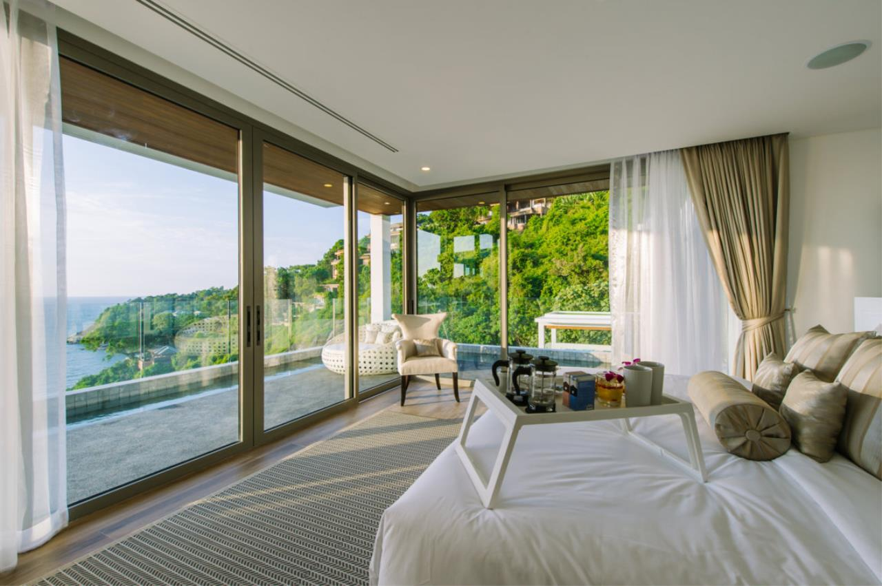 REAL Phuket  Agency's Villa Silver Moon - Stunning 6-Bedroom Ocean View Villa at Cape Amarin 45