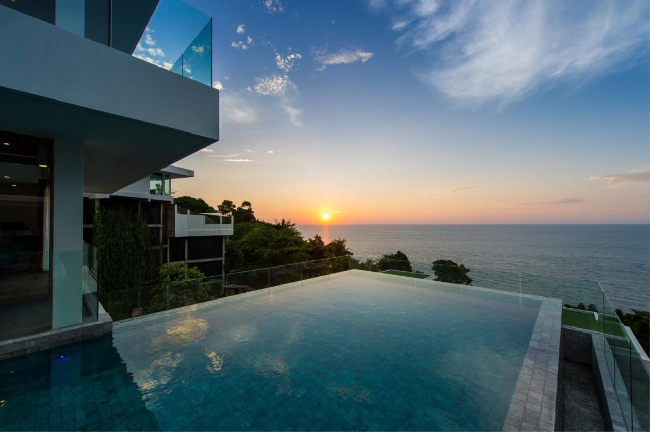 REAL Phuket  Agency's Villa Silver Moon - Stunning 6-Bedroom Ocean View Villa at Cape Amarin 68