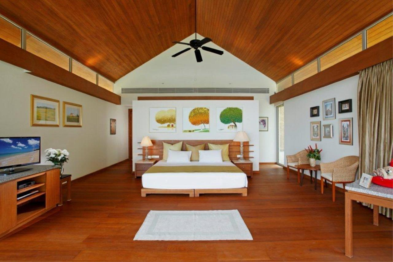 REAL Phuket  Agency's Natai Villa - A Luxurious Oceanfront 6-Bedroom Pool Villa on Natai Beach 18