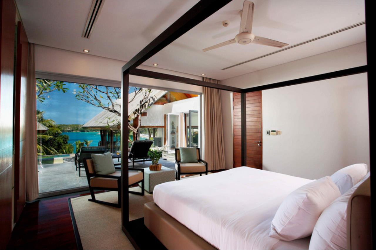 REAL Phuket  Agency's Laem Singh - Elegant 4-Bedroom Oceanfront Villa overlooking Surin Beach 13
