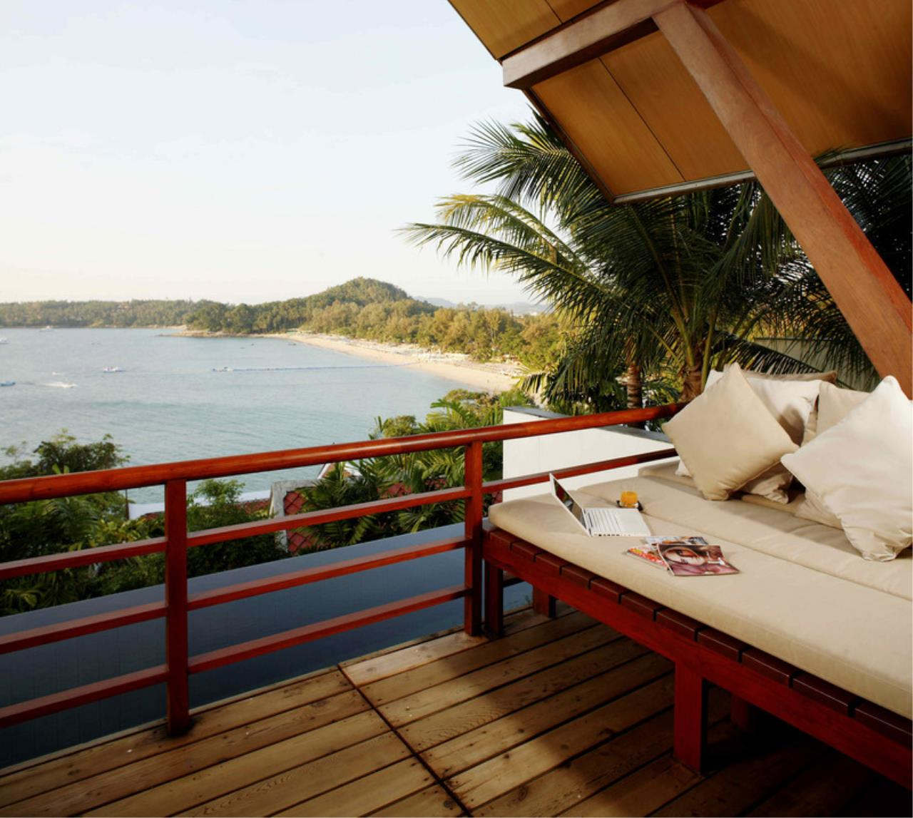 REAL Phuket  Agency's Laem Singh - Elegant 4-Bedroom Oceanfront Villa overlooking Surin Beach 28