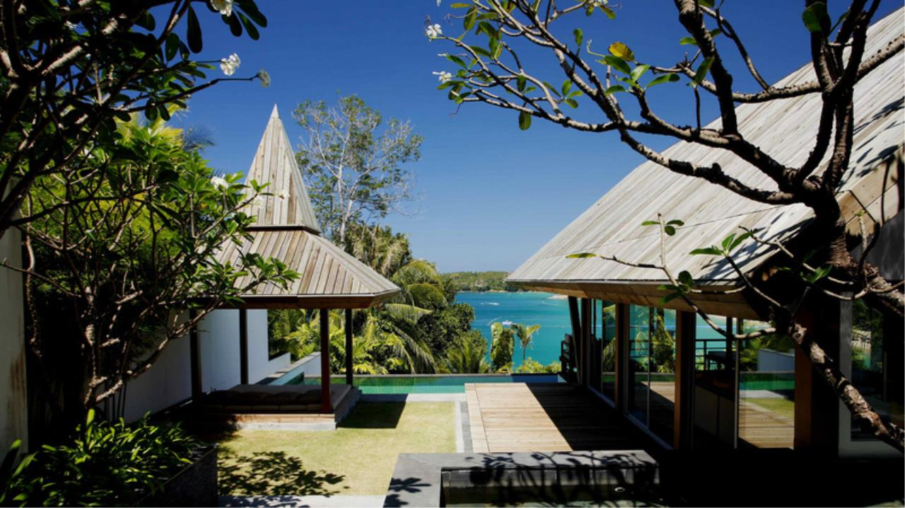 REAL Phuket  Agency's Laem Singh - Elegant 4-Bedroom Oceanfront Villa overlooking Surin Beach 22