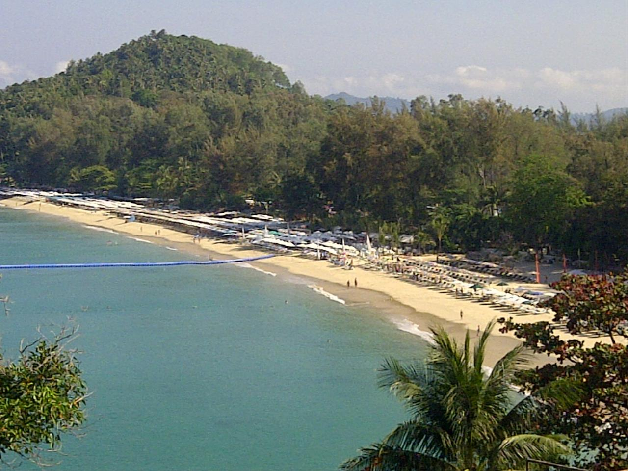 REAL Phuket  Agency's Laem Singh - Elegant 4-Bedroom Oceanfront Villa overlooking Surin Beach 34