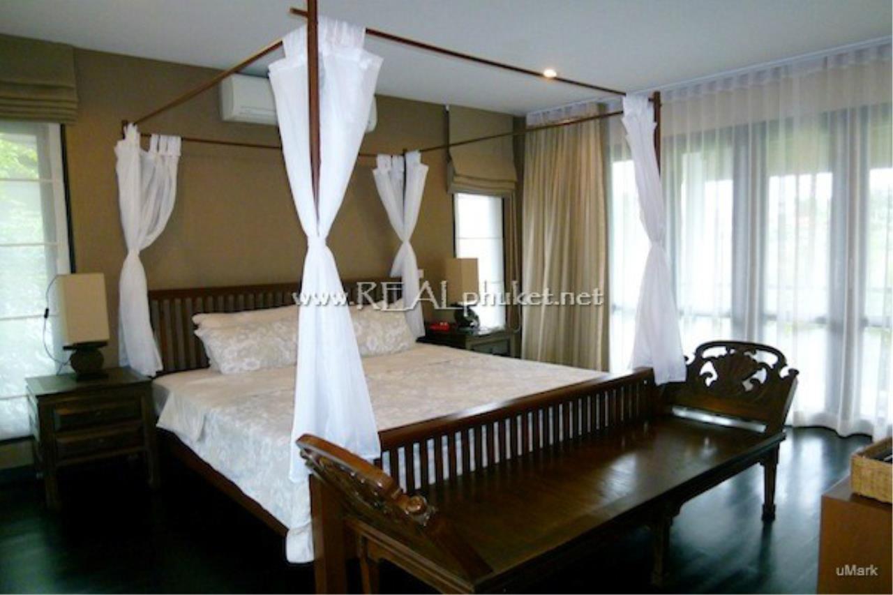 REAL Phuket  Agency's Lovely 3-Bedroom Pool Villa near Laguna 3