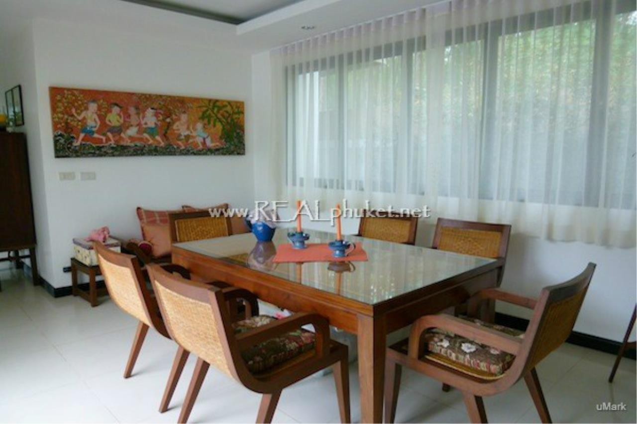 REAL Phuket  Agency's Lovely 3-Bedroom Pool Villa near Laguna 9