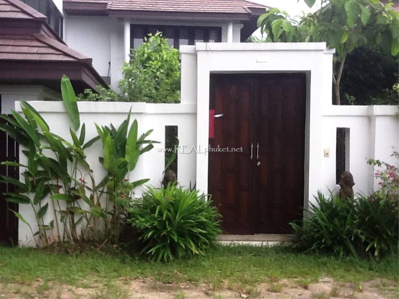 REAL Phuket  Agency's Lovely 3-Bedroom Pool Villa near Laguna 11