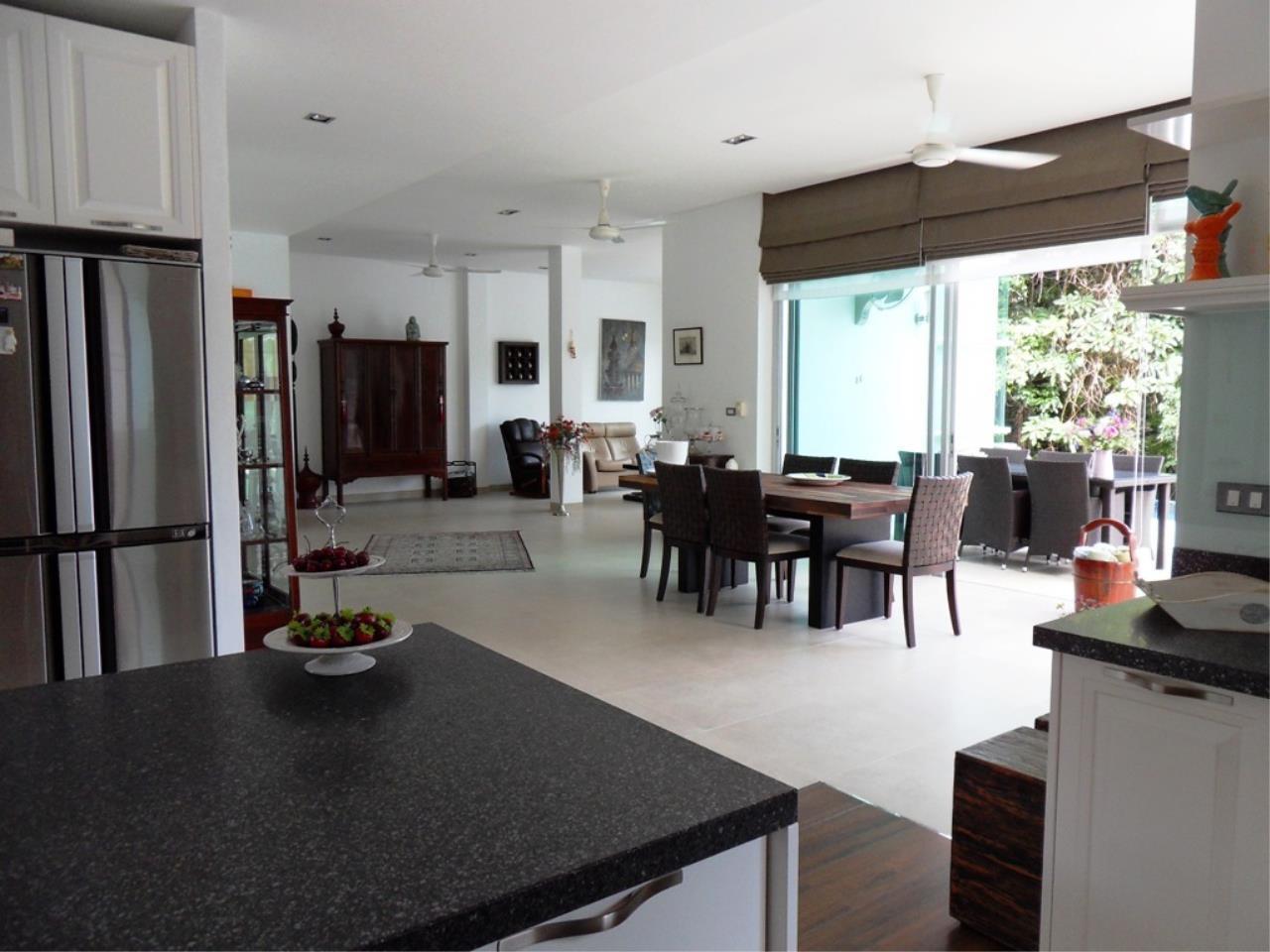 REAL Phuket  Agency's Kamala Naka - Modern Hillside 3-Bedroom Pool Villa 10