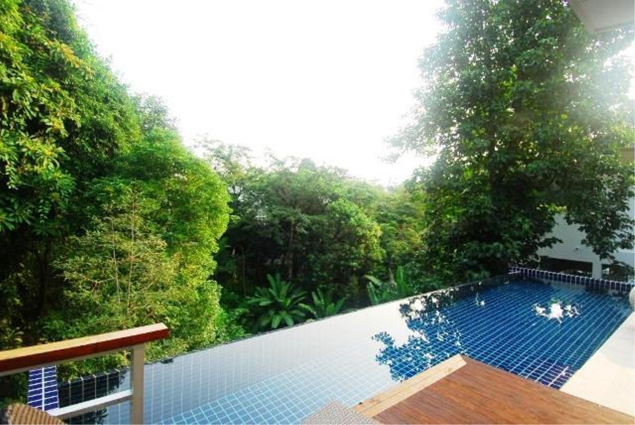 REAL Phuket  Agency's Kamala Naka - Modern Hillside 3-Bedroom Pool Villa 11