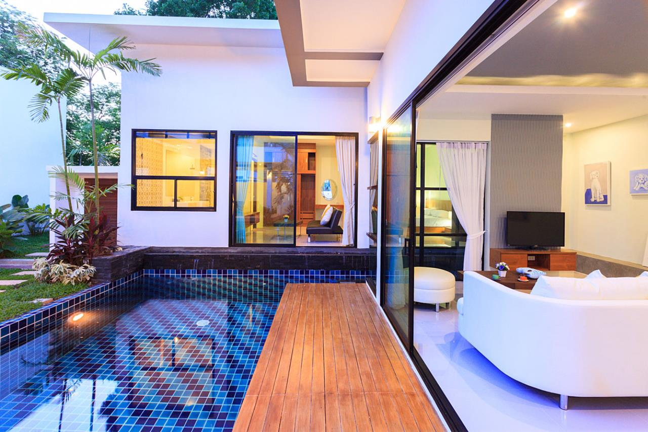 REAL Phuket  Agency's Modern 3-Bedroom Pool Villa in Rawai 8