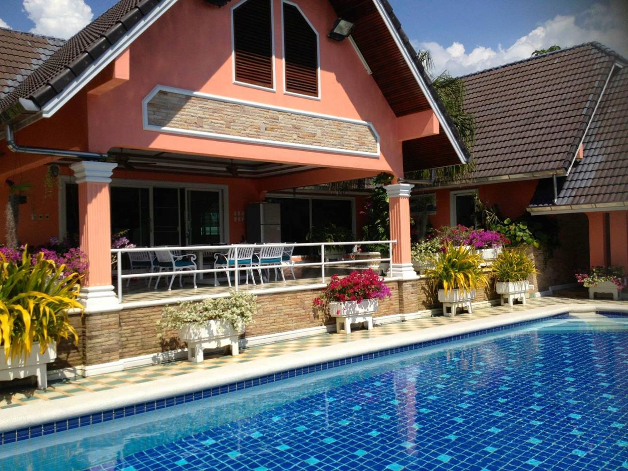 REAL Phuket  Agency's Fabulous 4-Bedroom Pool Villa near Mission Hills 5