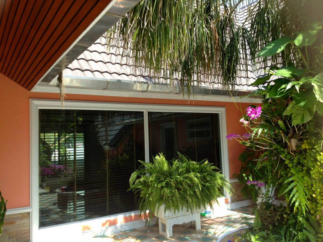REAL Phuket  Agency's Fabulous 4-Bedroom Pool Villa near Mission Hills 11
