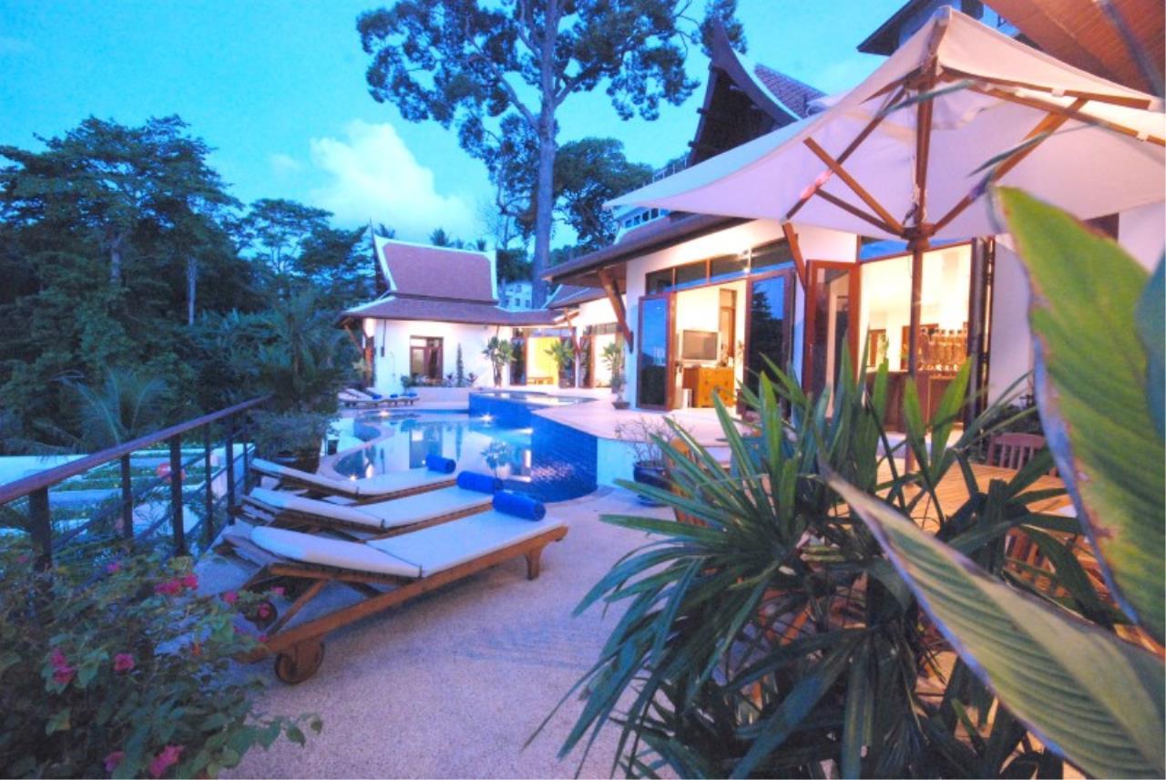 REAL Phuket  Agency's Pra Nang - Superb 5-Bedroom Luxury Villa overlooking Patong Bay 8