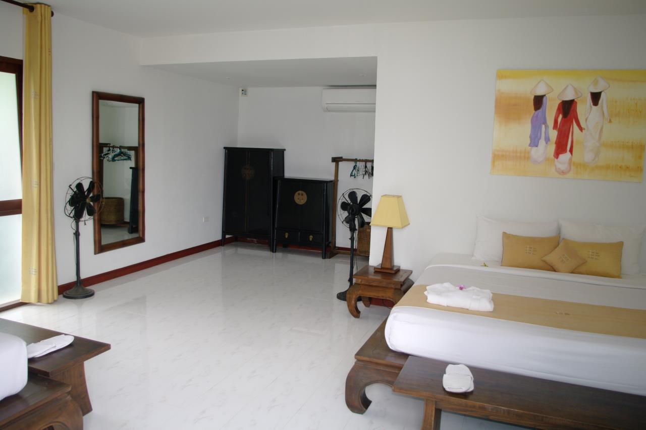 REAL Phuket  Agency's Pra Nang - Superb 5-Bedroom Luxury Villa overlooking Patong Bay 16