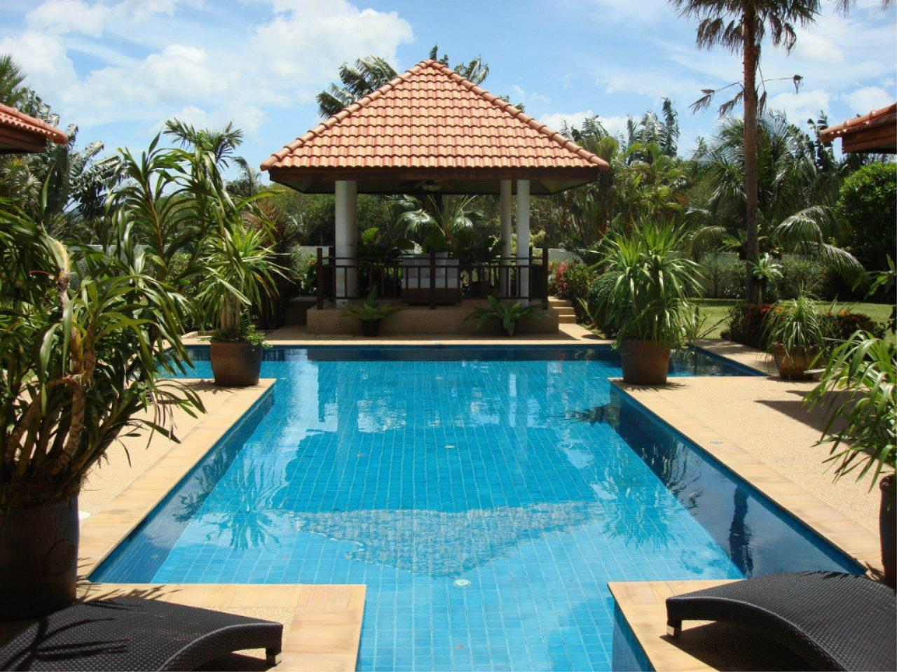 REAL Phuket  Agency's Mission Hills - Outstanding 5-Bedroom Pool & Golf Villa 12