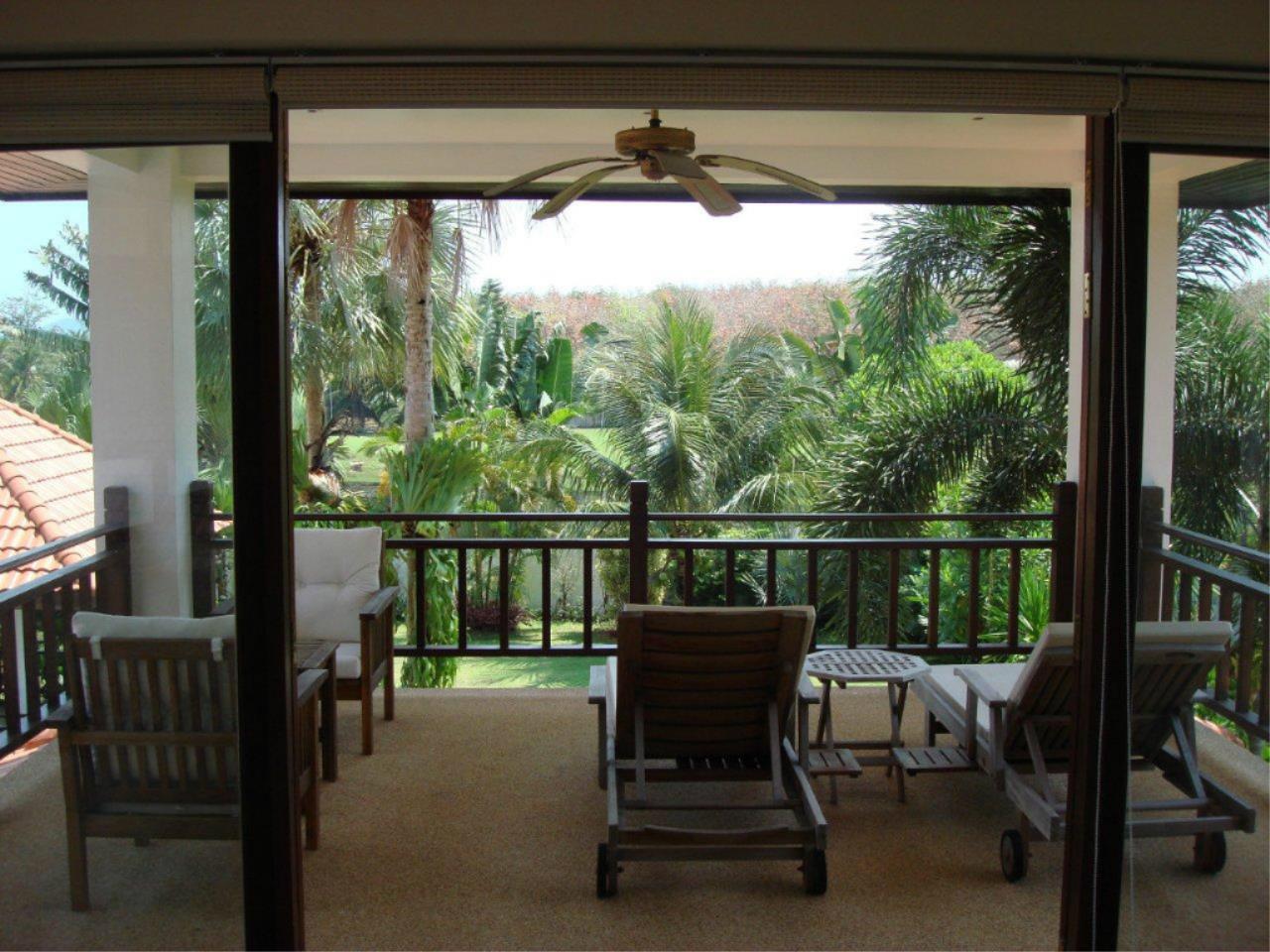 REAL Phuket  Agency's Mission Hills - Outstanding 5-Bedroom Pool & Golf Villa 17