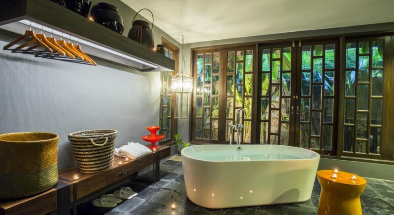 REAL Phuket  Agency's X2 Oasis - 7-Bedroom Luxury Pool Villa near Bang Tao Beach 12