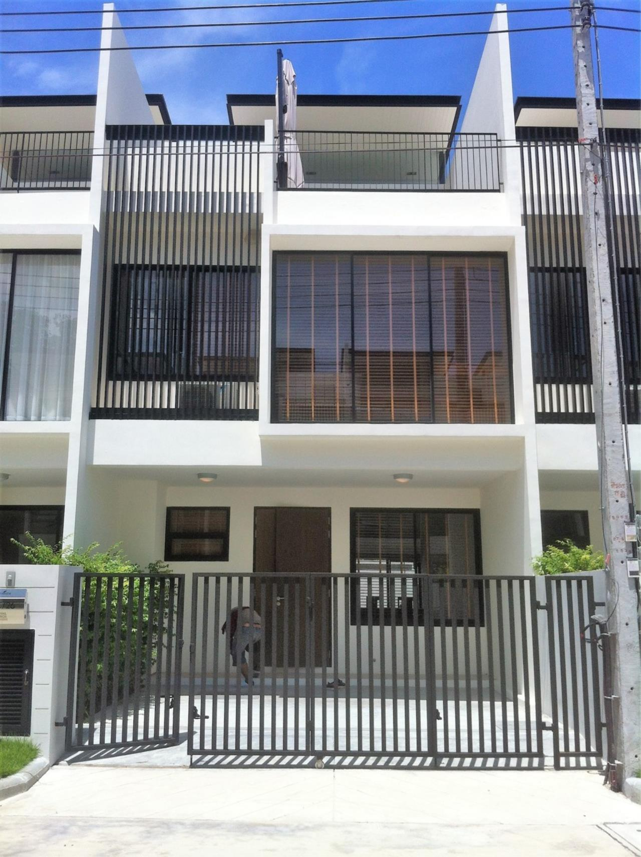 REAL Phuket  Agency's Laguna Park - Contemporary 3-Bedroom Town Home 1