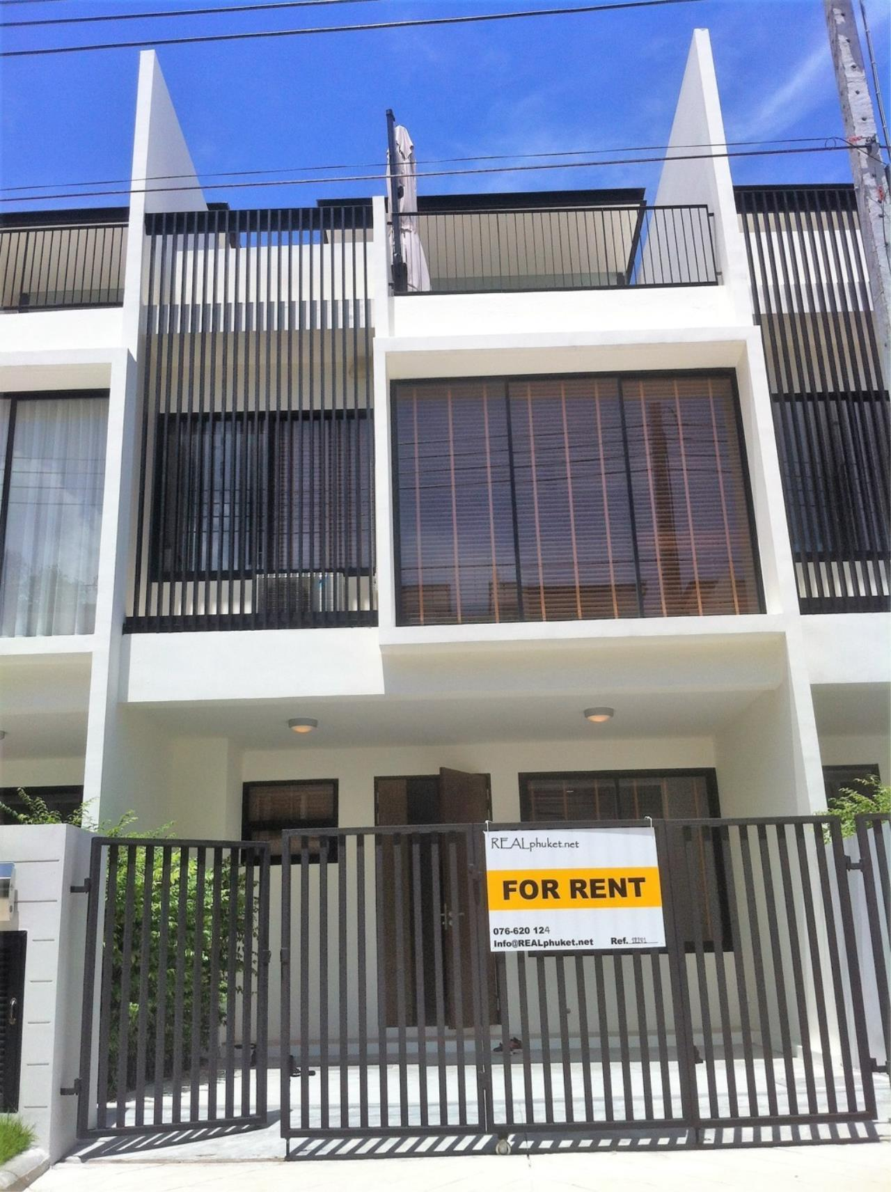 REAL Phuket  Agency's Laguna Park - Contemporary 3-Bedroom Town Home 31