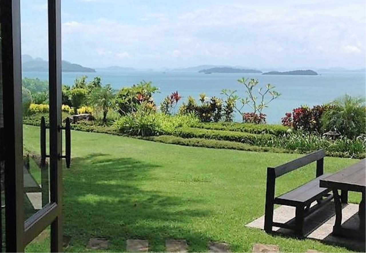 Real Phuket  Agency's Laem Sai - Outstanding 6-Bedroom Villa with Stunning Views across Phang Nga Bay 14